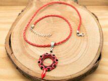 Bling-ring piros fekete gyöngyös és kristályos nyaklánc
