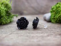 Nagy fekete színű rózsa fülbevaló