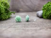 Sötét menta zöld rózsa fülbevaló