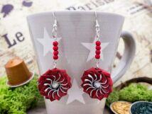 Piros virág lógós kapszula fülbevaló
