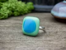 Zöldike üveg gyűrű