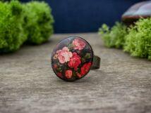 Üveglencsés rózsás gyűrű