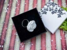 Angyali rózsa horgolt gyűrű