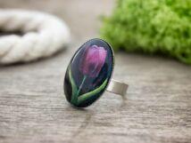 Üveglencsés lila tulipán gyűrű