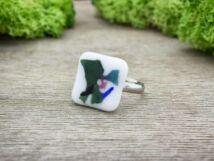 Absztrakt zöld üveg gyűrű