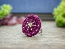 Horgolt lila és zöld színes gyöngyös gyerek gyűrű