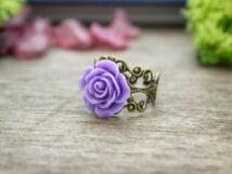 Lila rózsás gyűrű
