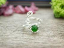 Méreg zöld jáde ezüst színű drót gyűrű