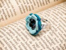 Horgolt obszidián virág gyűrű
