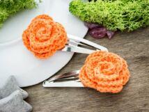 Narancssárga virágos horgolt hajcsat