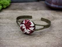 Vörös juhar levek textil gombos karperec