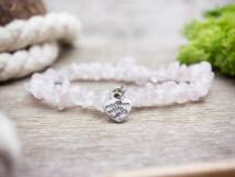 Szeretettel készítve rózsakvarc szemcse ásvány karkötő
