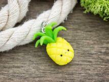 Gyurma ananász medál