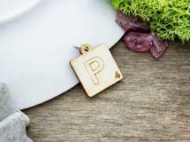 Scrabble P betű lézervágott nyírfa medál