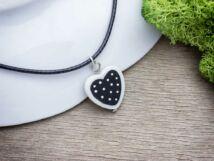 Pöttyös szív gyöngyház medál nyakláncon