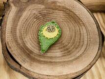 Gyapjúfilc zöld és sárga medál