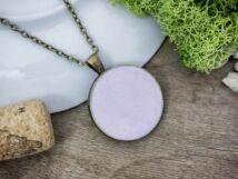 Egyensúly lila beton nyaklánc