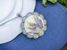 Műgyanta préselt közepes virágcsokor nyaklánc