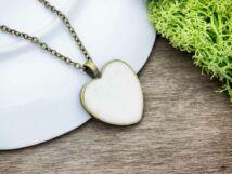 Angyali fehér beton szív nyaklánc