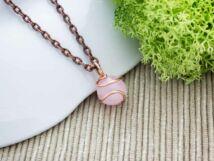 Rózsakvarcos drót medál réz nyakláncon