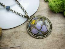 A furcsa hold műgyanta préselt virágos nyaklánc