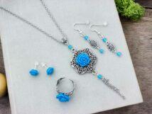 Kék színű rózsás gyűrű fülbevalók és nyaklánc szett