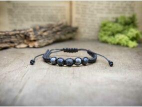 Fekete makramé karkötő achát gyöngyökkel