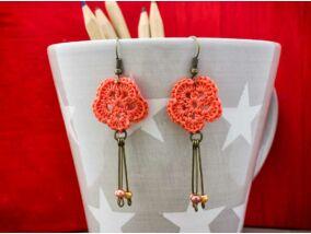 Horgolt narancssárga virágos fülbevaló