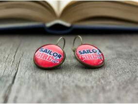 Üveglencsés sailor girl fülbevaló