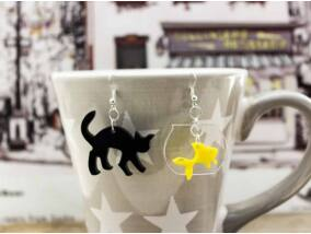 Aranyhal és fekete macska plexi fülbevaló