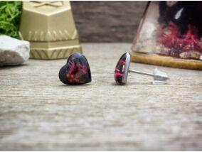 Szív alakú beszúrós gyanta acél fülbevaló zuzmóval