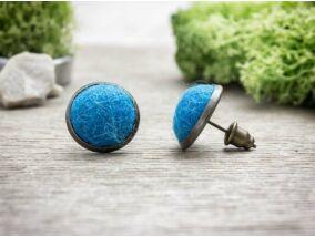Világos kék gömbös beszúrós nemez fülbevaló