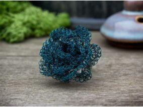 Türkizkék virág horgolt drót gyűrű