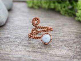 Angelit ásvánnyal díszített réz drót gyűrű