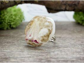 Vízisikló hagyatéka orchideával műgyanta gyűrű