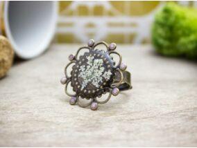 Műgyanta préselt virágos foltos bürök gyűrű