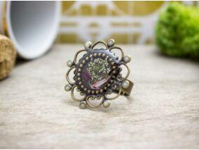 Műgyanta préselt virágos gyűrű
