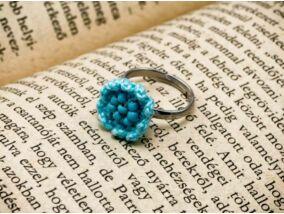 Horgolt kék gyerek gyűrű