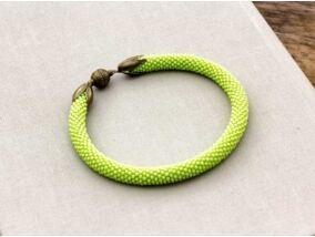 Zöldike szépség horgolt mágnes záras karkötő