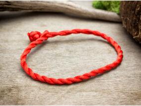 Kabbala védelmező vörös textil karkötő