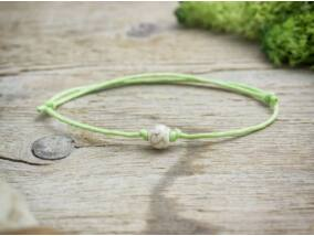 Zöld pöttöm elfogadás howlit ásvány karkötő