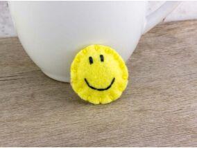 Gyapjúfilc smiley mini kitűző