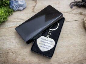 Valentin napi szív medálos kulcstartó díszdobozban