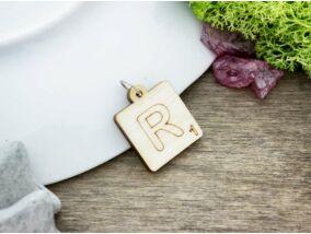 Scrabble R betű lézervágott nyírfa medál