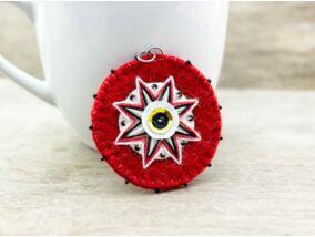 Gyapjúfilc piros és fehér csillag medál