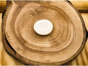 Gyapjúfilc fehér labirintus medál