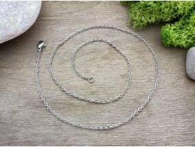 Ezüst színű acél nyaklánc