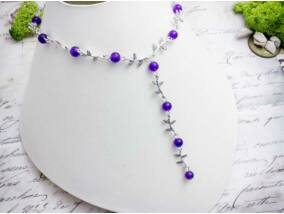 Lila gyöngyös levélkés nyaklánc