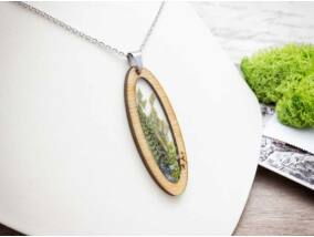 Gemenci erdő zöldje műgyanta acél nyaklánc