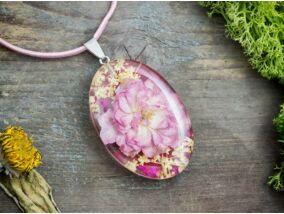 Műgyanta préselt rózsa virágos nyaklánc